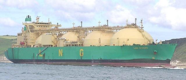 Vorschaubild: LNG-Tanker. Foto: Pline / Wikimedia unter Lizenz CC BY-SA 3.0