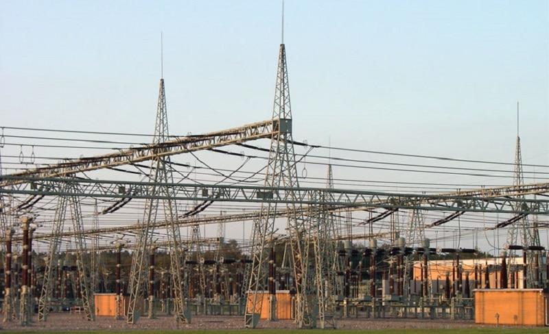 Die Verteilnetze benötigen die meisten Investitionen beim Ausbau des Stromnetzes für die Energiewende zu. GeorgHH / Wikimedia / Lizenz unter CC BY-SA 3.0