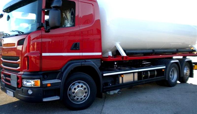 Eingebauter Flüssiggastank in einem LKW. Foto: Freetron