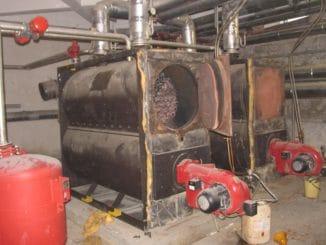 Wer so was noch im Keller rumstehen hat, wird wohl um eine rotgeschaltete Ofen-Ampel und den Austausch nicht herumkommen. Foto: Urbansky