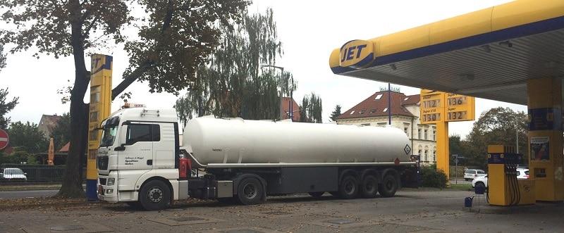 Seit 16. November werden Deutschlands Tankstellen wieder mit Winterdiesel beliefert. Foto: Urbansky