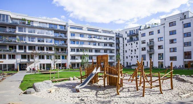 Hofansicht Wohnkomplex Brehmestr in Berlin-Pankow. Alle Fotos: Geo-En