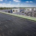 Dach mit Solarkomponenten.