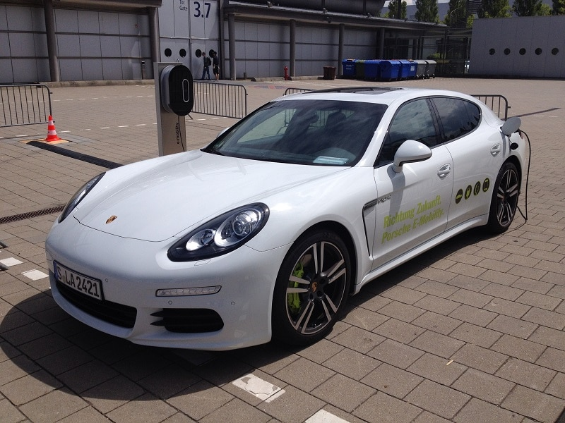 Plugin-Porsche - zählt auch als E-Mobil. Alle Fotos: Urbansky