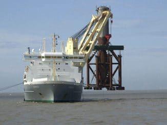 Transport, Montage und Förderarbeiten bedingen in dem umweltsensiblen Gebiet höchste Sicherheit.