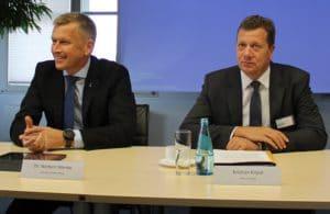 Wollen andere politsche Rahmenbedingungen der Energiewende: Norbert Menke (links) und Kristian Kirpal. Foto: Urbansky Netzentgelte, Ostdeutsches Energieforum, IHK, LVV, SWL