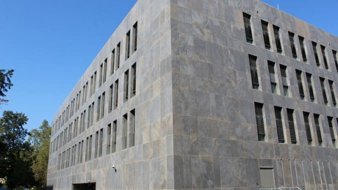 Neubau des hessischen Finanzministeriums im Passivhausstandard. Foto: Urbansky Passivhaus, Lüftung, Kühlung, Betonkernaktivierung, Abwärme
