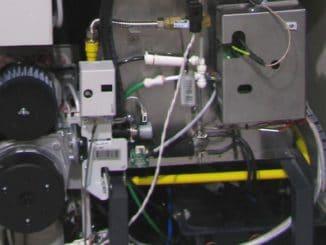 Das Prinzip einer Brennstoffzelle ist einfach und effizient. Wasserstoff wird oxydiert, dabei entsteht Wasser und eine Menge Energie. Der Durchbruch im Heizungsmarkt gelang jedoch noch nicht. Foto: Urbansky Brennstoffzelle, Eigenstromerzeugung, Wärmemarkt, Heizung, KWK