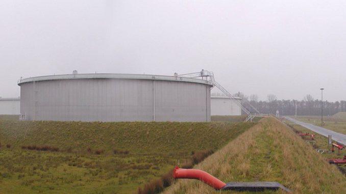 AuchTanklager können ihre Hügelpumpen modernisieren und dafür Fördergelder bekommen. Foto: gemeinfrei Tanklager, Förderung, BAFA, Pumpe