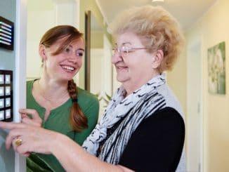 Die Weobau Zwickau errichtete eine Seniorenwohnung mit AAL-Systemen (für Ambient Assisted Living = Unterstützung für selbstbestimmtes Leben im Alter). Foto: Dirk Dießel , dsl-factory Smart Home, Standard