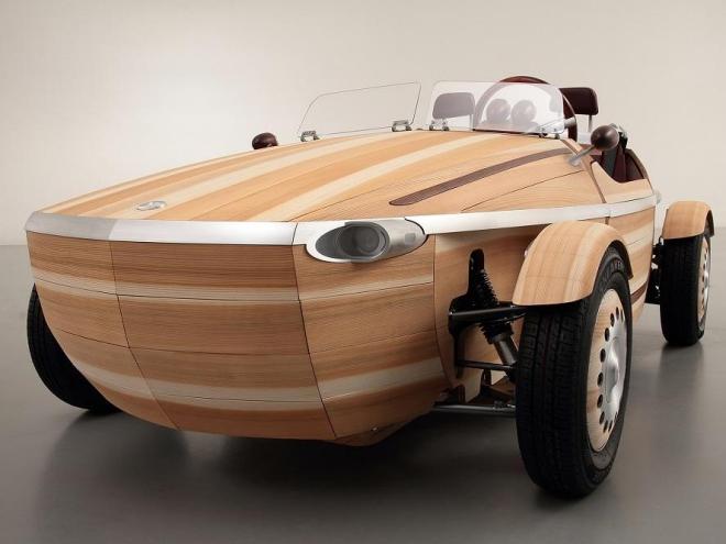 Toyota treibt mit dem Setsuna die Kaskadennutzung auf die Spitze. Die ganze Karosse des Fahrzeugs besteht aus Holz. Das Fahrzeug soll vor einer energetischen oder anderen stofflichen Verwertung von Generation zu Generation weitervererbt werden. Toyota Holz