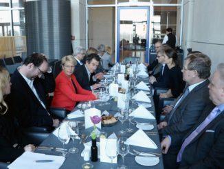 Befrug die KWK-Experten: der Ausschuss des Deutschen Bundestages für Wirtschaft und Energie. Foto: Deutscher Bundestag / Achim Melde