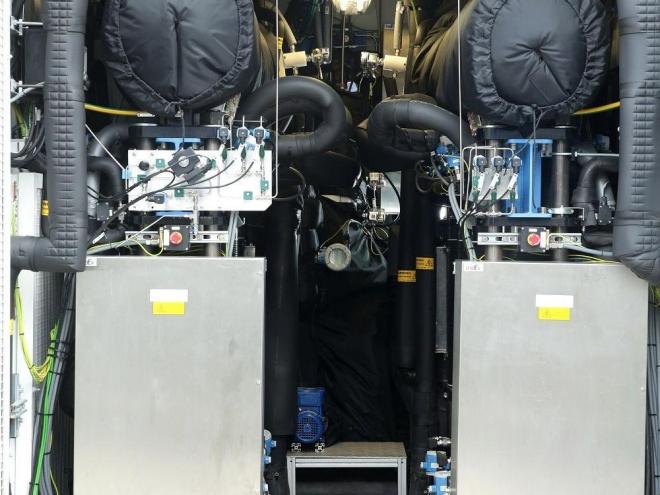 Power to Gas-Anlage des Stadtwerkeverbundes Thüga, die 60 Kubikmeter Wasserstoff pro Stunde produzieren kann. Nach Unternehmensangaben kommt sie in dieser Stufe auf einen Wirkungsgrad von bis zu 77 Prozent. Foto: Mainova / Joachim Storch