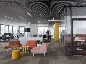 BiU Arbeitsplatzkonzepte nutzen Tageslicht und energiesparende Leuchtsysteme wie LEDs. Foto: Selux