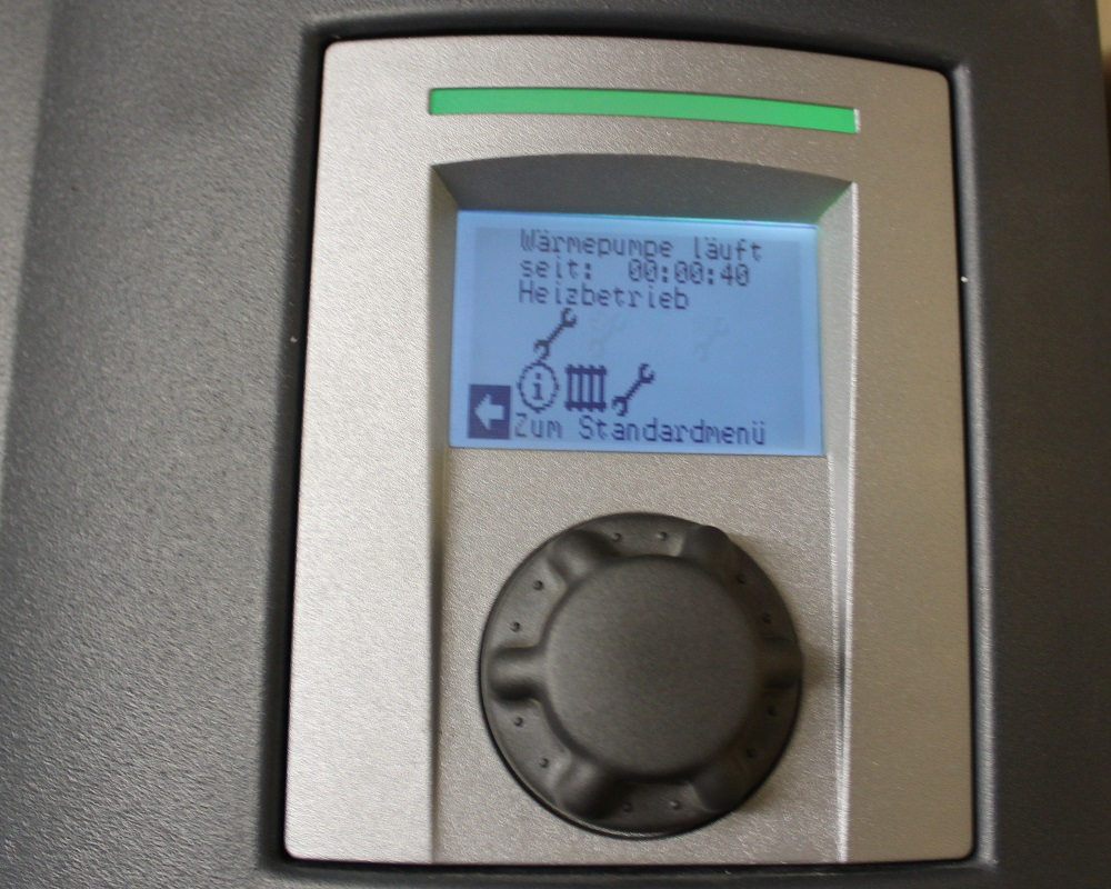 Verbraucher wie Wärmepumpen müssen ebenso wie die Erzeuger des eigenverbrauchten Stromes in eine intelligente Steuerung eingebunden werden. Foto: Urbansky