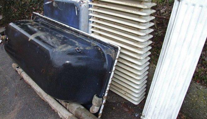 Alte Radiatoren sollten bei einem Heizsystemwechsel oder bei einer energetischen Sanierung ausgewechselt werden. Foto: Rainer Sturm / pixelio.de
