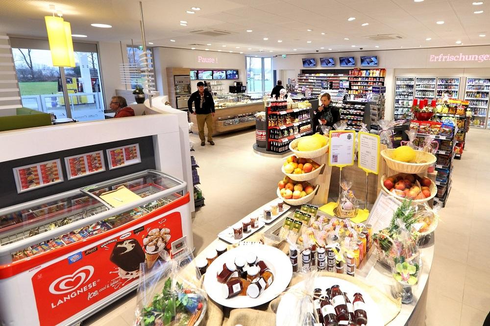 Kompakt-Markt-Konzept mit frischer Ware und Regionalem an einer Westfalen-Tanktstelle in Amelsbüren. Foto: Westfalen