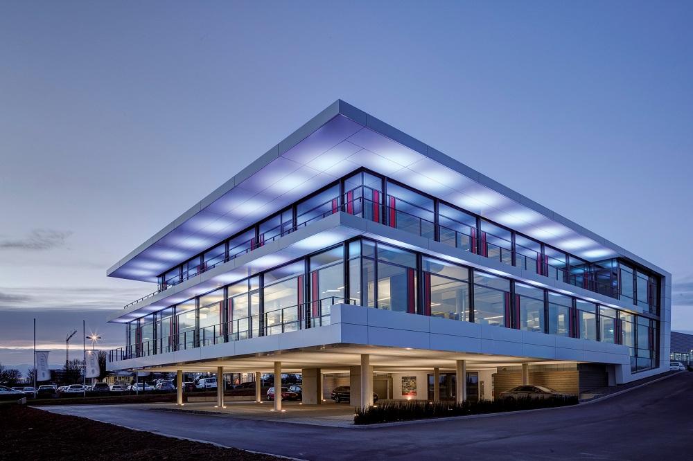 Das Gebäude der Schnepf Planungsgruppe wird mittels Eisspeicher geheizt und gekühlt. Foto: Viessmann