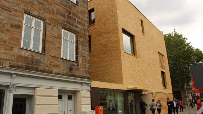 Wird mittlels Erdwärme beheizt: Der Anbau des Jüdischen Museums in Fürth. Foto: Urbansky