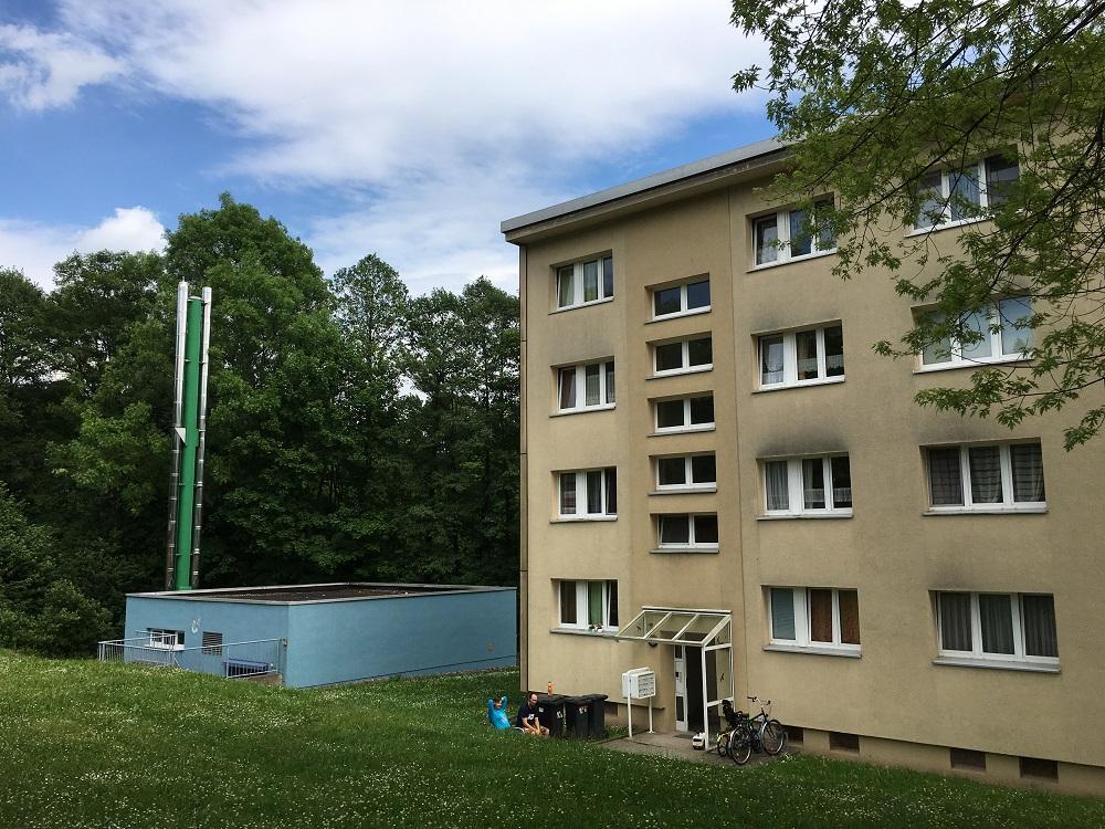 Gebäude eines BHKW zur Versorgung eines Wohnblocks in einem Contracting-Modell. Foto: Frank Urbansky