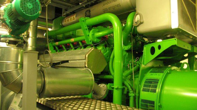 Blockheizkraftwerke sind große Gasmotoren. Werden sie dezentral eingesetzt, verlagern sich Lärm und Emissionen nah zum Verbraucher. Das kann Proteste hervorrufen. Foto: Frank Urbansky