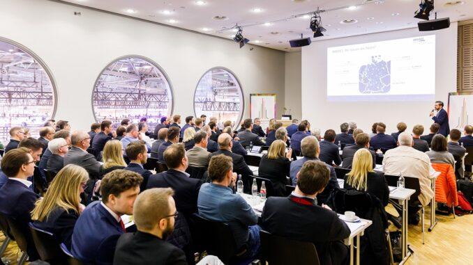 Die Fachkongresse und -Workshops zur E-world zielen immer mehr auch auf die Immobilienwirtschaft ab. Foto: Udo Geisler / Messe Essen